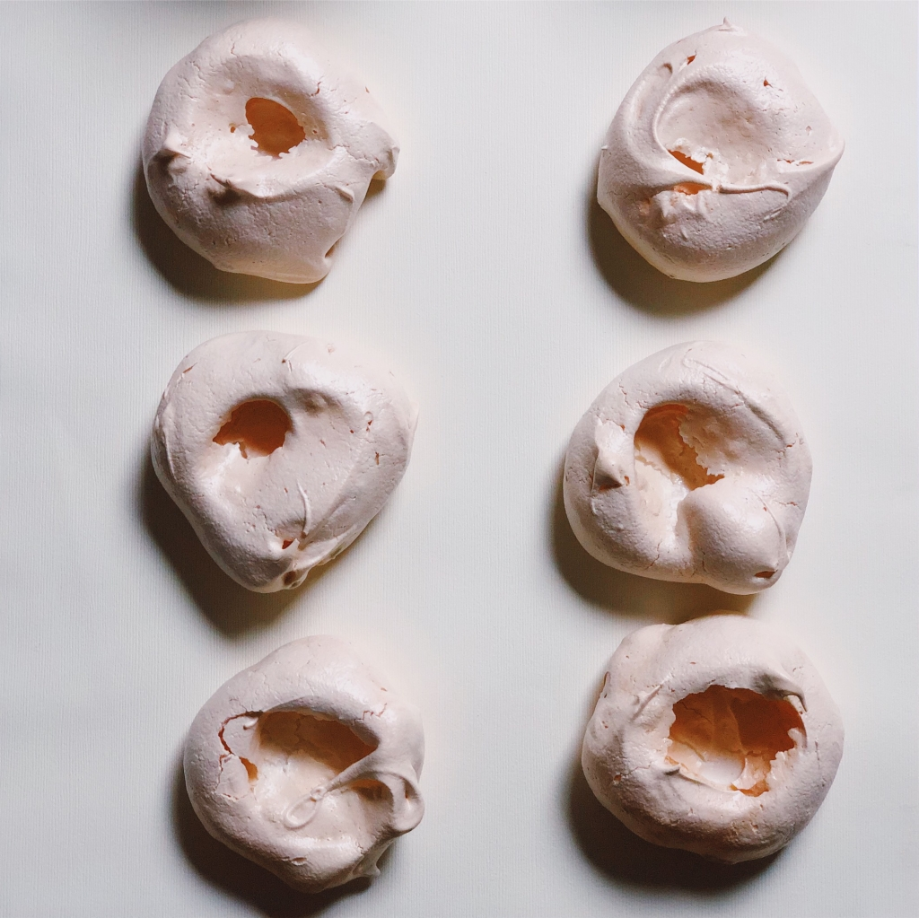 Tiny perfect mini rose pavlovas