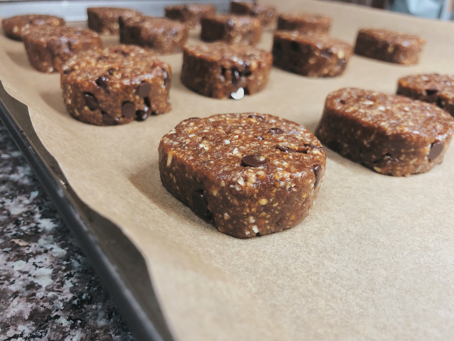 Tahini chocolate chip cookies that are raw vegan and gluten-free
